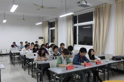 创影新闻社首届手机摄影大赛决赛顺利进行【2011】